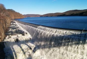 Croton Dam reservoir and spillway