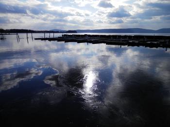 New ice forming near docks along Hudson River