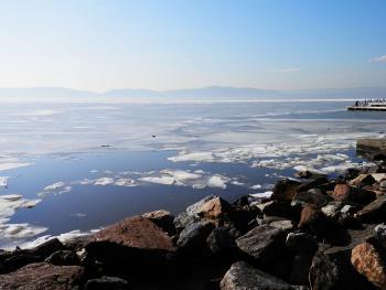 Somewhat frozen Hudson River.