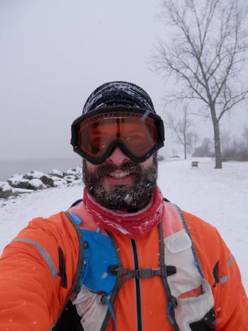Fun running in wintry weather, quick pause in Croton Landing Park.